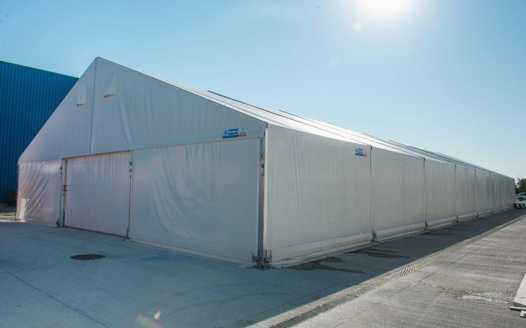 Halele tip cort cu structura usoara de aluminiu: avantajele corturilor industriale